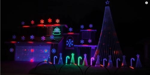 Screenshot_2020-12-07 Blinding Lights (The Weeknd) 2020 Christmas Light Show - YouTube